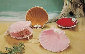 The Velvet Touch , jewelry tray , National Handicraft Institute , 50-60s