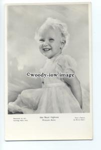 r0961 - A Young Princess Anne - postcard