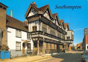 Southampton Postcard, The Tudor House Hampshire by J. Salmon Ltd O46