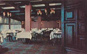 Interior, The dining room at the William Hilton resort, Hilton Head Island, S...