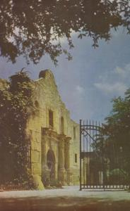 SAN ANTONIO, Texas, 1950-60s; THE ALAMO
