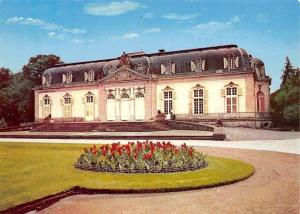 Duesseldorf am Rhein, Benrather Schloss Castle Flowers Chateau
