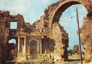 B108668 Turkey Side Vespasianus Victory Fountain and Its Gate real photo uk