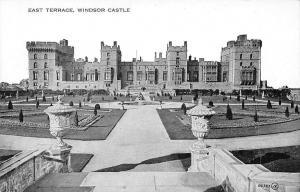 East Terrace Windsor Castle Chateau Garden Statues Schloss Valentine's Series