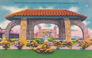 Florida Daytona Ocean Front Park Looking Towards The Bandshell