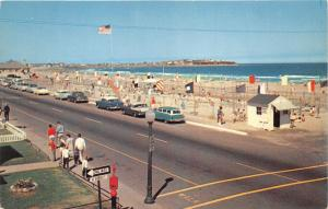 Hampton Beach New Hampshire~People/Cars along Street~Beach & Playground Bknd~50s