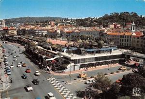 France La Cote d'Azur Nice, La Gare Routiere et ses Jardins Suspendus Voitures