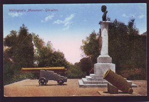 P1668 vintage unused postcard cannon,s wellington,s monument gibraltar
