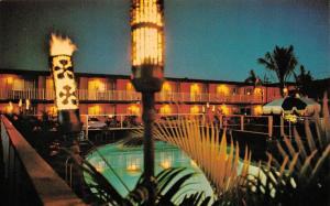 MAUI, HI Hawaii  TRAVELODGE LAHAINA  Night~Pool~Torches ROADSIDE Chrome Postcard