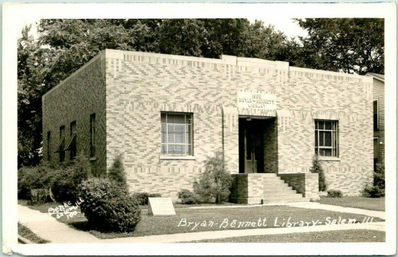 1940s SALEM, Illinois RPPC Real Photo Postcard BRYAN-BENNETT LIBRARY Building