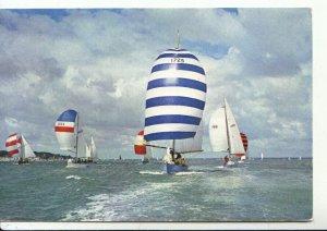 Sports Postcard - Solent Butterflies Racing Under Spinnakers - Ref 16659A