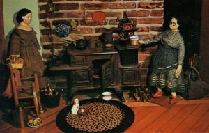FL - Winter Haven. Museum of Old Dolls & Toys. Pre-Greiner Dolls