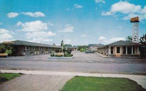 NIAGARA FALLS, Ontario, Canada, 1950-1960's; The Canuck Motel