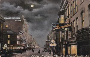 LONDON , Ontario , Canada , PU-1917 ; Dundas Street , West from Richmond Stre...