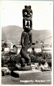 Postcard New Zealand Rotorua Ohinemutu Statue RPPC Real Photo - Bell L7