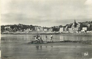 France Postcard Le Havre La Plage et le Casino