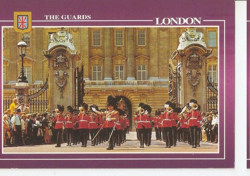 Postal 045955 : London. The Queens Guards Parade