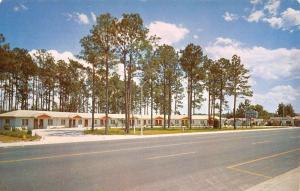 Starke Florida Temple Motel Street View Vintage Postcard K92420