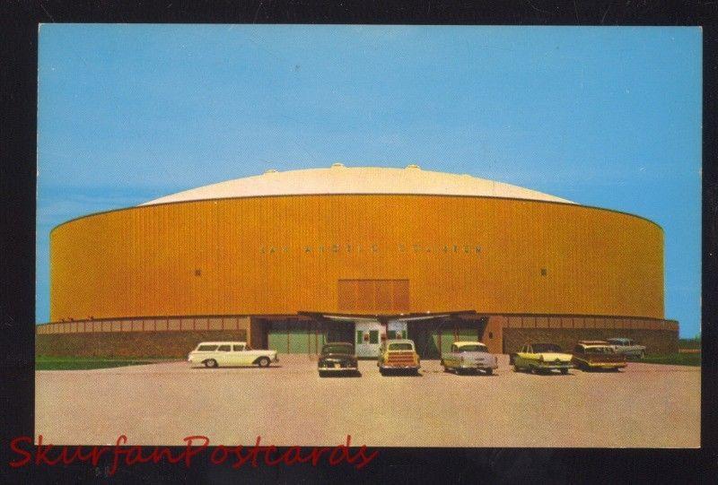 SAN ANGELO TEXAS 1950's CARS WOODY WAGON COLISEUM BASKETBALL