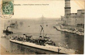 CPA MARSEILLE - Contre-Torpilleur rentrant au Vieux Port (988034)