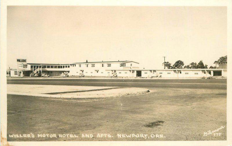 1940s Gilmour Photo Willers Motor Hotel Apartments Newport Oregon RPPC 538