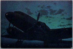 UNITED AIR LINES Aviation Advertising Postcard Mainliner Sleepers c1950s