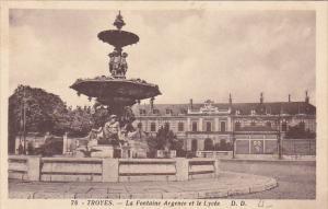 France Troyes La Fontaine Argence et le Lycee