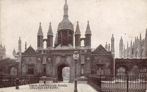 Cambridge King's College Gateway, Bicycle