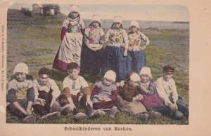 MARKEN , Netherlands , 00-10s ; Schoolkindren