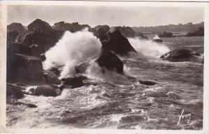 France Ploumanach Effet de vague sur les rochers Real Photo
