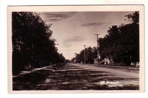 Real Photo, 3rd Avenue, Yorkton, Saskatchewan, Russell's, AZO