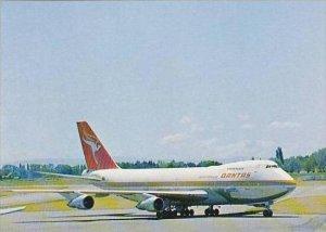 QUANTAS BOEING 747-B