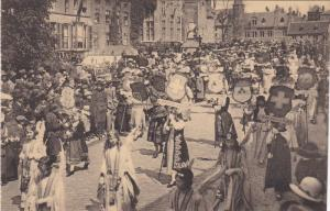 BRUGES, Belgium, 00-10s : Procession du St. Sang : La Belgique et le groupe d...