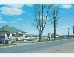 Unused 1950's OLD CARS & PLESSISVILLE RESTAURANT IN PLESSISVILLE Quebec QC p6760