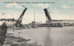 CAPE COD , Massachusetts, 1917 ; Torpedo Boat