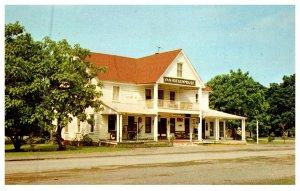 New York Niverville , Van Hoesen House , The Pub