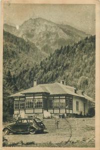 Romania Busteni cabana din Valea Cerbului classic car