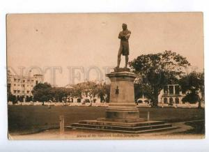 191804 SINGAPORE Sir Stamford Raffles statue Vintage postcard