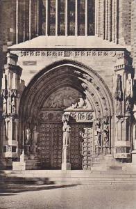 RP: Upsala. Domkyrkan, Sodra portalen , Sweden, 20-40s