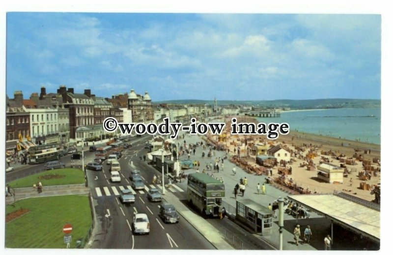 tq2628 - Dorset - Looking across a Busy Weymouth Seafront in the 1960s- Postcard