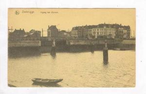 Zeebrugge, Ingang der Slulzen, Belgium, 00-10s