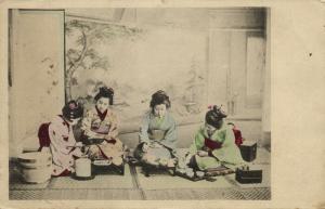 japan, GEISHA Ladies with Tea Ceremony (1910s)