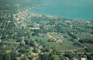 WIARTON, Ontario , 1950-60s ; Version-2