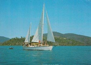 Nari Cruises , Shute Harbor , N.Q. , Australia , PU-1975
