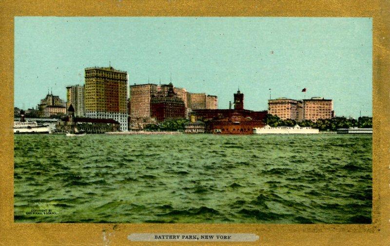 NY - New York City. Battery Park, Hudson River