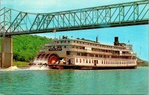 SS Delta Queen Ohio River Postcard used (15510)