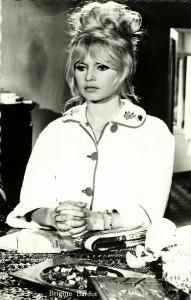 French Actress Brigitte Bardot, Ashtray (1963) RPPC