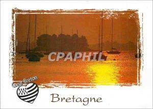 Postcard Modern Britain Heart Breton