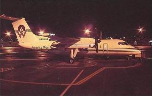AMERICA WEST AIRLINES DeHAVILLAND DHC-8-102 DASH 8