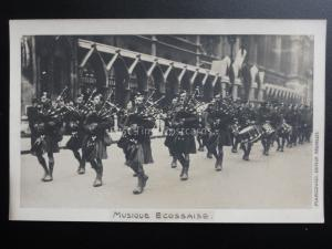 Scotland: MUSIQUE ECOSSAISE Scottish Soldiers Troops, Marching Bag Pipes Old RP